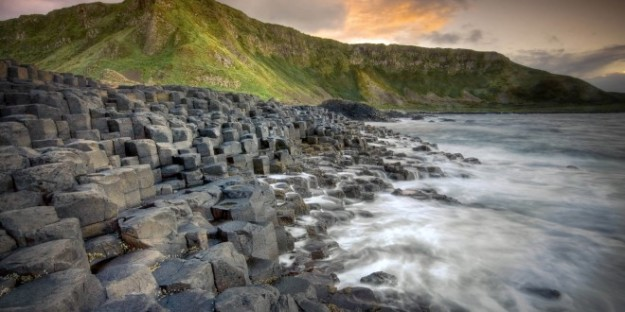 Giants-Causeway-HD-wallpaper-660x330