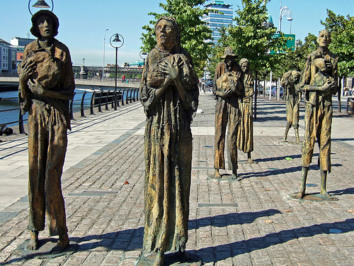 Potato-famine-memorial-in-Dublin-Ireland